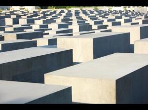 holocaust-memorial-berlin-peter eisenman